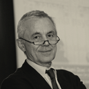 prof. dr hab. Jacek Bomba